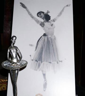Ballerina Marta Becket